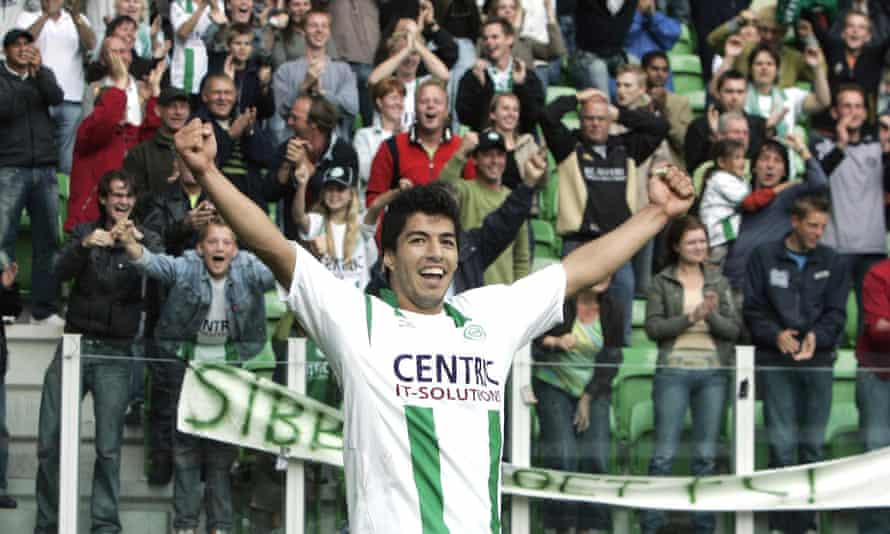 Luis Suárez playing for FC Groningen in 2006.