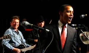 Obama sings Asleep at the Wheel's Boogie Back to Texas in 2008.
