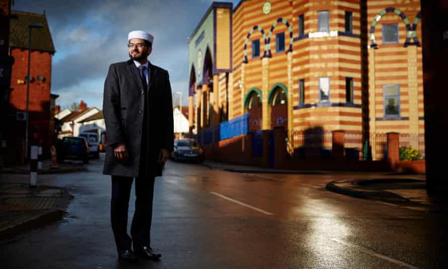 Imam Qari Asim and Makkah mosque in Leeds.
