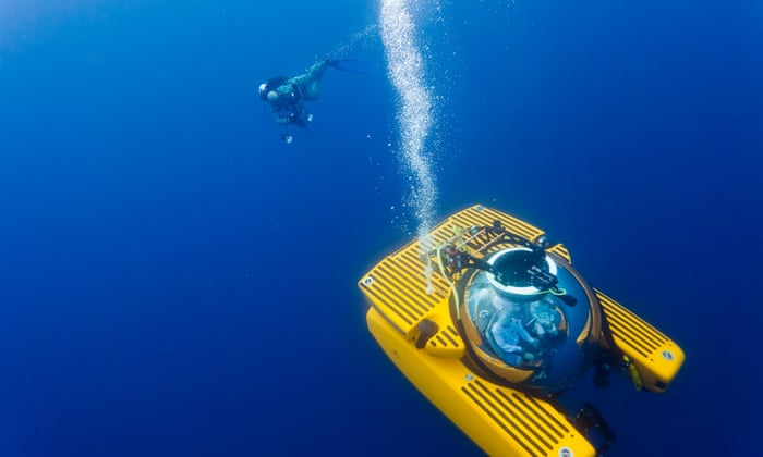 The Deep Ocean Plunging To New Depths To Discover The Largest - 23 amazing things divers discovered bottom ocean