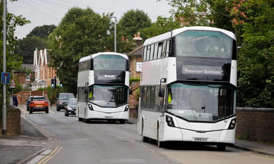 Buses transport workers between Hinkley Point and Bridgwater.
