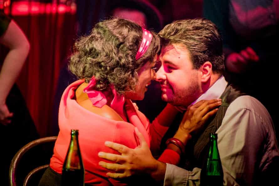 Elizabeth Llewellyn as Magda and Matteo Lippi as Ruggero.