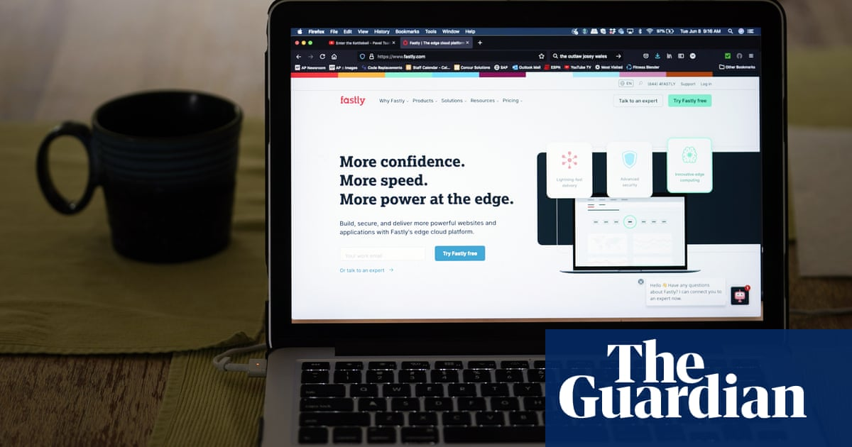 Major internet outage 'shows infrastructure needs urgent fixing'
