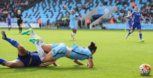 Gilly Flaherty takes out Lucy Bronze.