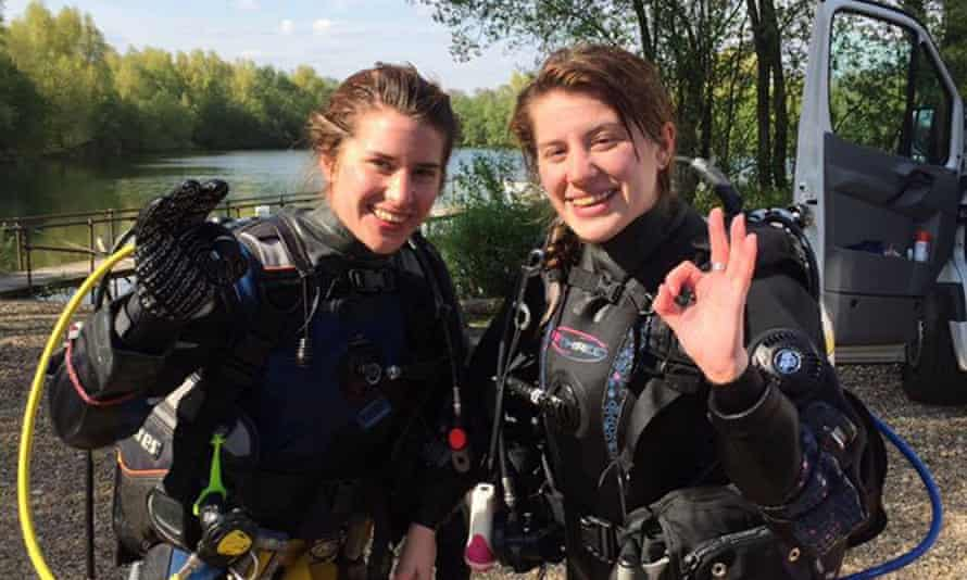 Melissa and Georgia wearing diving gear