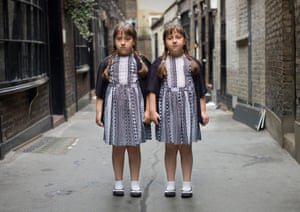 Julia and Sophie, twins photographed by Peter Zelewski