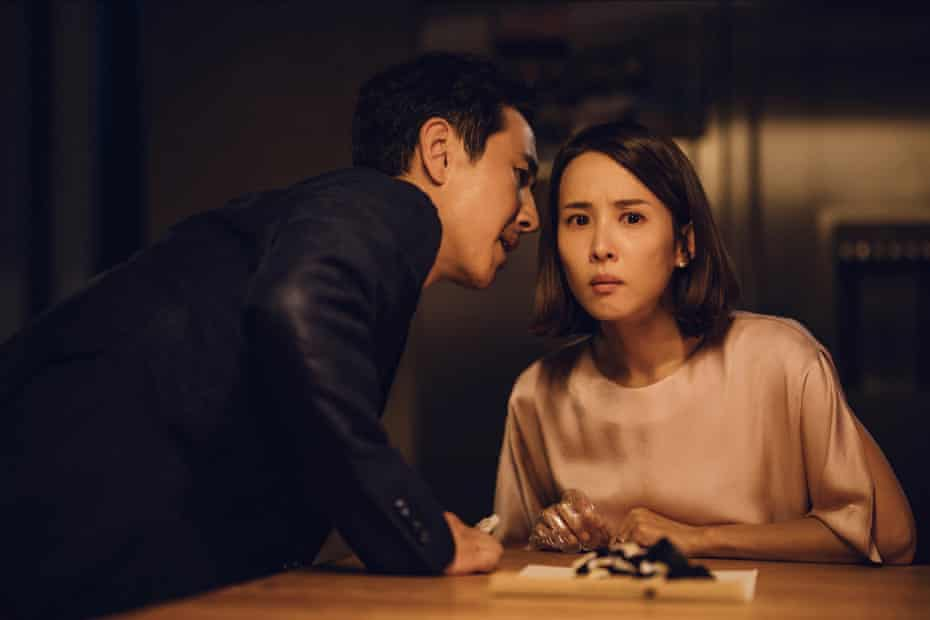 Lee Sun-kyun as Park Dong-ik and Jo Yeo-jeong as Park Yeon-kyo in Parasite