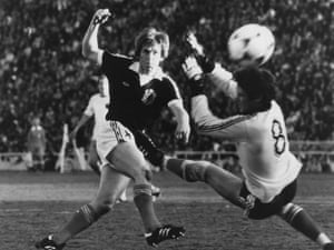Kenny Dalglish gets Scotland back on level terms with a sublime finish.