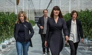 Faye Marsay, Jonas Karlsson, Esther Hall, and Kelly MacDonald in Black Mirror
