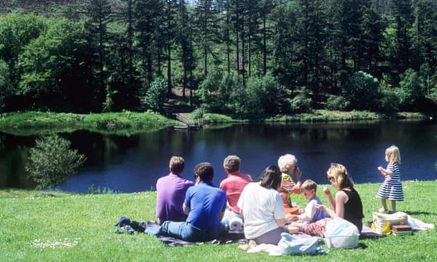 Family Picnic Cragside Country Park