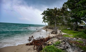Warraber's south-western shoreline at low tide