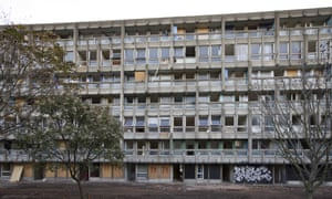 Robin Hood Gardens shortly before demolition.