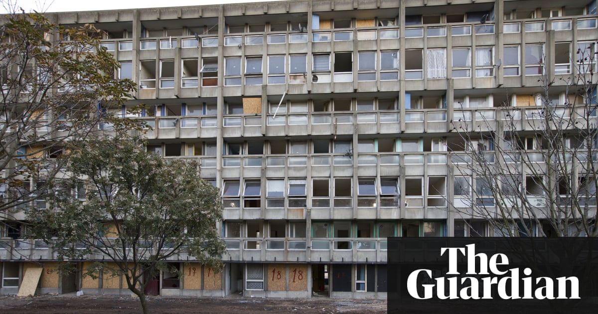 V&A acquires segment of Robin Hood Gardens council estate | Art and design  | The Guardian