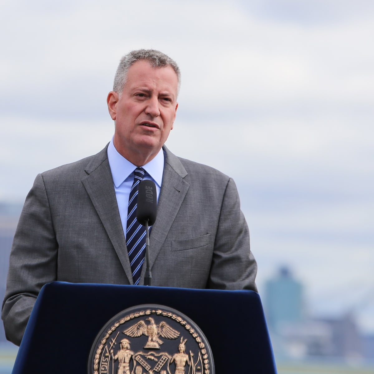 New York City to give its residents $100 to get Convid 19 vaccination, starting this Friday