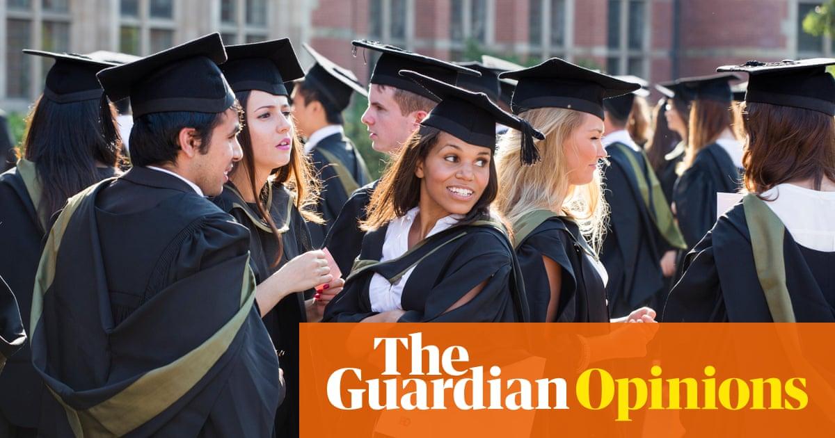 Six graduation outfits guaranteed to annoy Edinburgh University ...