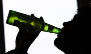 Teenage binge drinking study<br>File photo dated 29/01/09 of a person drinking a bottle of beer, as a study suggests that teenagers who binge drink may be putting the brain function of their future children at risk. PRESS ASSOCIATION Photo. Issue date: Monday November 14, 2016. Evidence from an animal study shows that heavy drinking sessions alter the activity of numerous genes in the brains of offspring. See PA story HEALTH Binge. Photo credit should read: David Jones/PA Wire