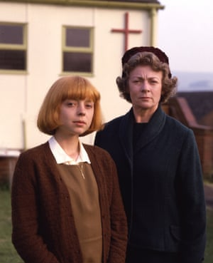 Charlotte Coleman (left) and Geraldine McEwan in Oranges Are Not the Only Fruit (1990).