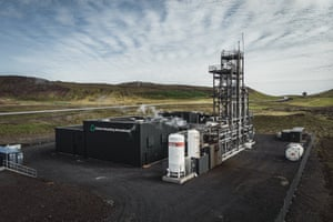 George Olah renewable methanol plant commissioned by Carbon Recycling International in Grindavik