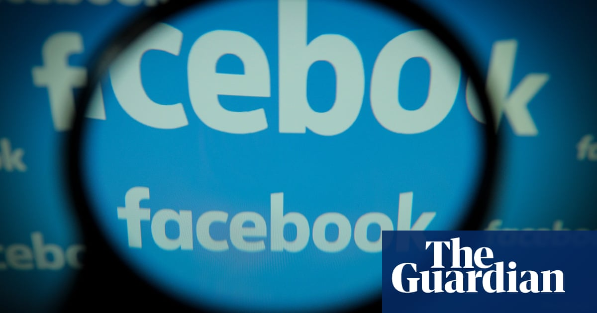 Facebook agrees to pay fine over Cambridge Analytica scandal