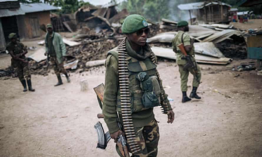 A DRC soldier on patrol near Beni