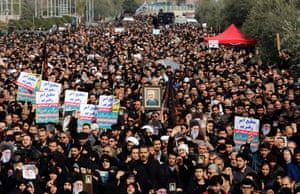 Thousands of Iranians take to the streets of Tehran