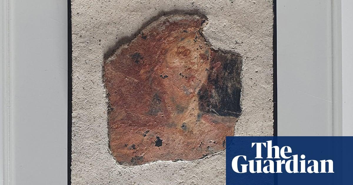 Stolen Roman frescoes returned to Pompeii after investigation