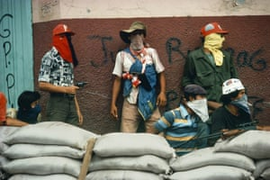 Matagalpa, Nicaragua. Muchachos await the counterattack by the National Guard, 1981Meiselas's best known series is Nicaragua. She first went therein 1979 and returned several times.