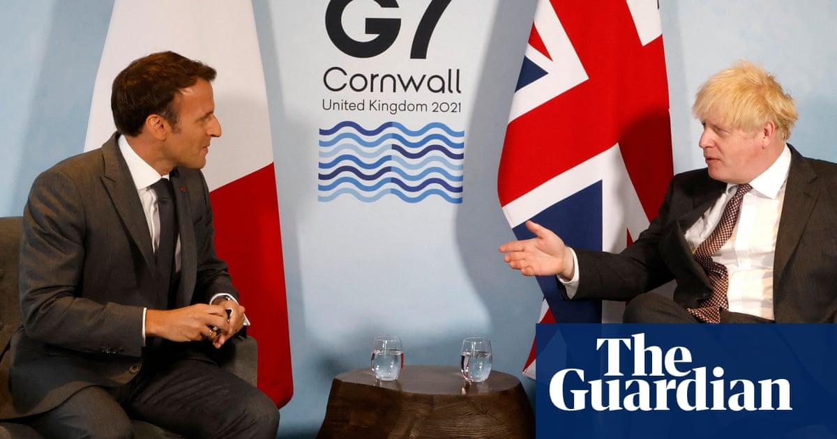Boris Johnson reiterates threat to suspend Northern Ireland protocol