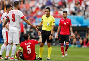 Lorik Cana appeals in vain before being sent off.