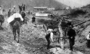 Washing Gold on 20 Above Hunter, Klondike, 1901, and image from Dawson City: Frozen Time.