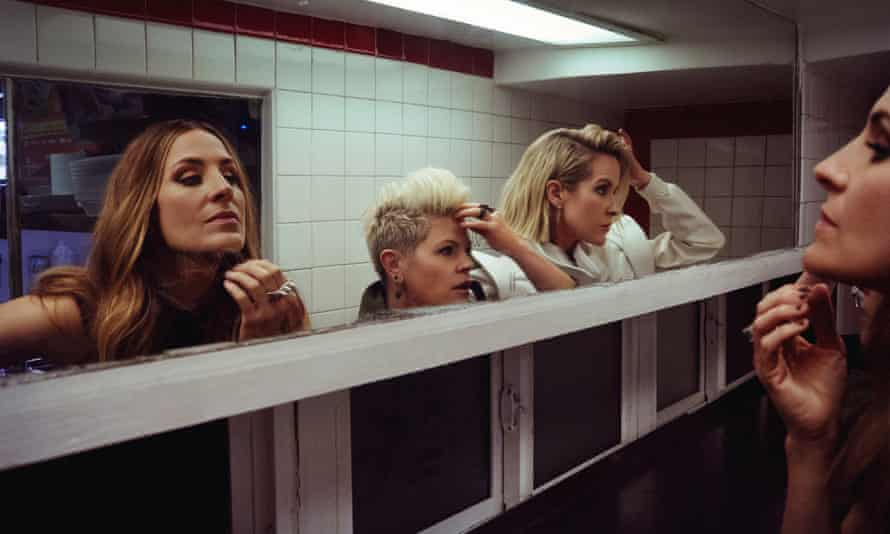 Emily Strayer, Natalie Maines, Martie Maguire.