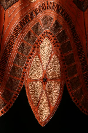 Evening cape (1925) by Lanvin, Paris Silk (velvet, thread, satin), glass (beads), jet (beads)