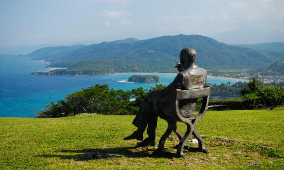 Sculpture of Noël Coward at Firefly, his final resting place, near Port Maria, Jamaica.