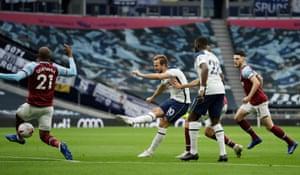 Kane scores Tottenham's second.