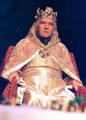 Tom Courtenay as King Lear in 1999.