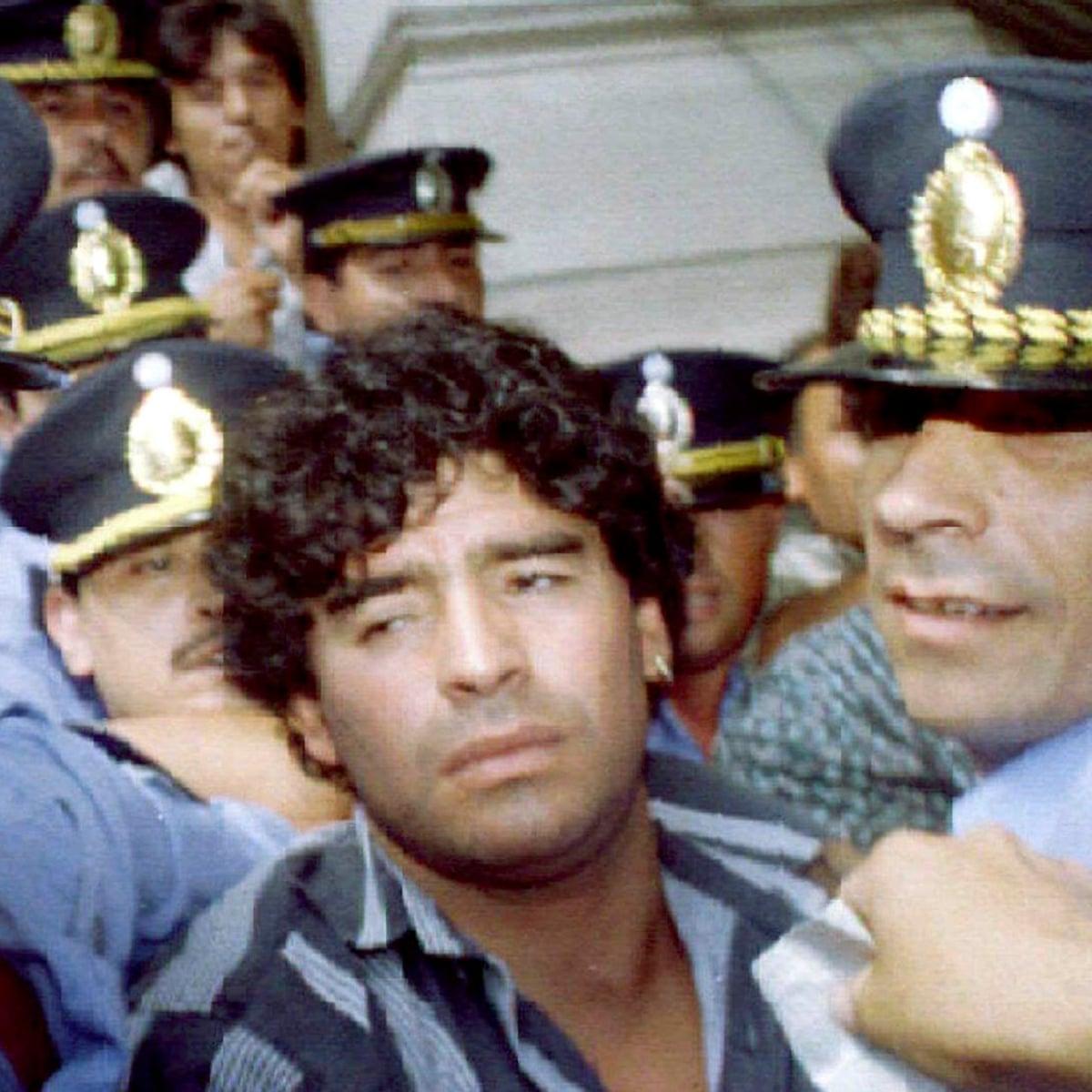 Tottenham S Mauricio Pochettino The Crazy Diego Maradona Who Inspires Me Football The Guardian
