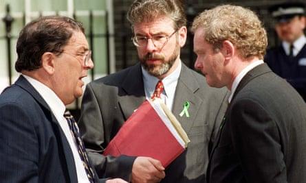 John Hume (left) with Sinn Féin's Gerry Adams (centre) and Martin McGuinness in 1999
