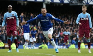 Gylfi Sigurdsson celebrates scoring the second Everton goal.