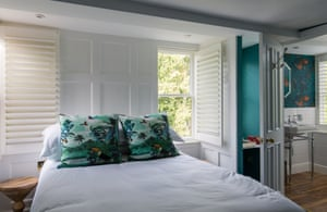 Bedroom at the Mount Edgcumbe, Tunbridge Wells