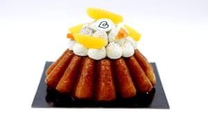Fancy cake at Pâtisserie Bricoleurs de Douceurs