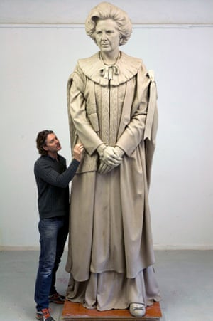 Proposed statue of Thatcher.