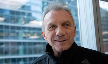 Joe Montana is considered one of the greatest quarterbacks of all time