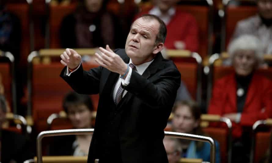 Ecstatic … François-Xavier Roth conducting the Gürzenich-Orchester Köln.