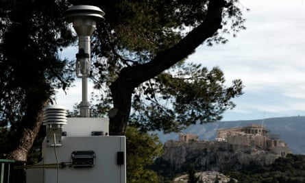 A machine measuring air pollution at the National Observatory, in front of the Acropolis of Athens.