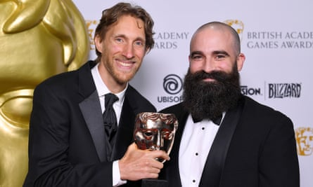 Ian Dallas accepts last year's best game Bafta for What Remains of Edith Finch.
