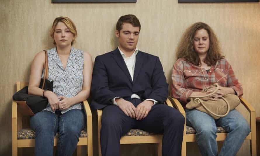 Haley Bennett, Gabriel Basso and Amy Adams in Hillbilly Elegy.