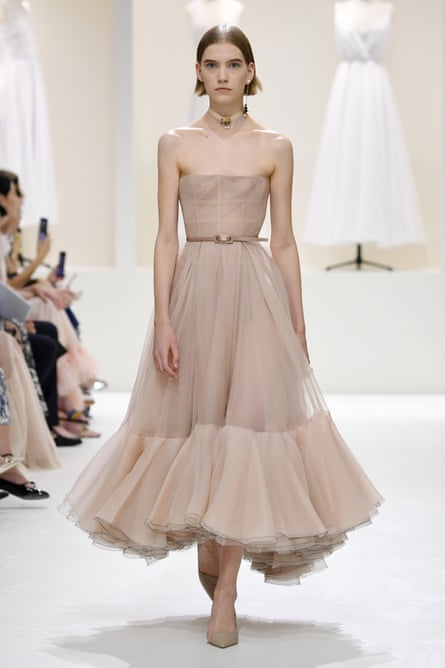 Form-fitting strapless dresses in chiffon and crepe at Dior.