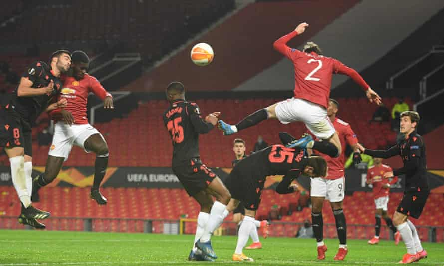 Axel Tuanzebe's header was ruled out for a foul by Victor Lindelöf.