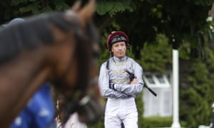 Frankie Dettori has surprised backers by plumping for Coronet in Saturday's St Leger.