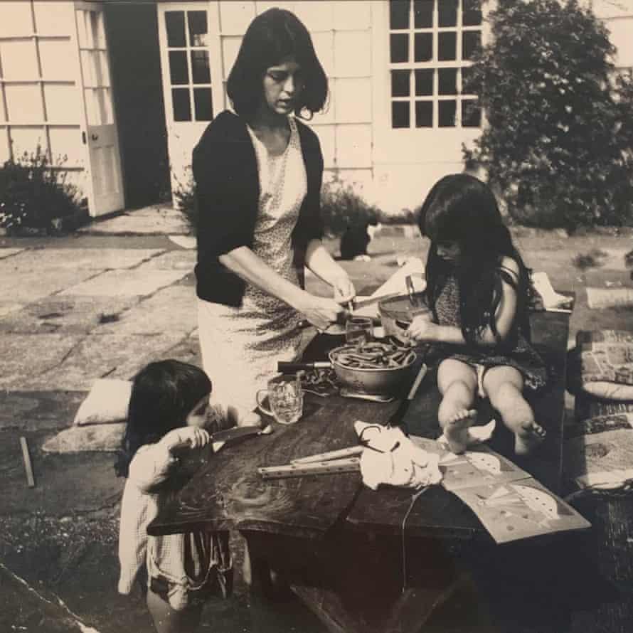 Esther Freud (on left) with her sister, Bella, and mother, Bernardine, 1965.